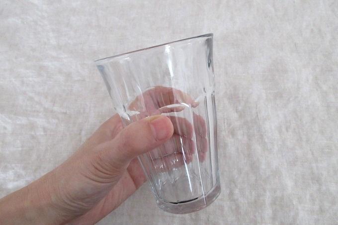 デュラレックス ピカルディ 耐熱 グラス 手に持たところ