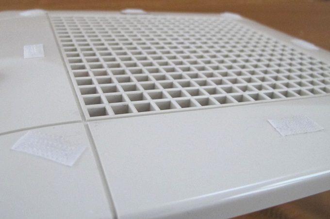 換気扇フィルター ペタッとキャッチ 換気扇カバーに取付テープ