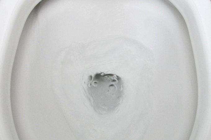 スクラビングバブル 流せるトイレブラシ トイレ掃除ブラシを流す
