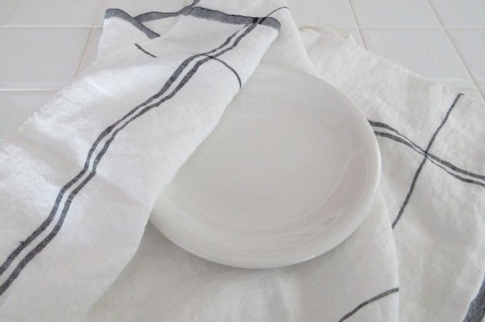 キッチンクロス リネン リーノエリーナ お皿を拭く