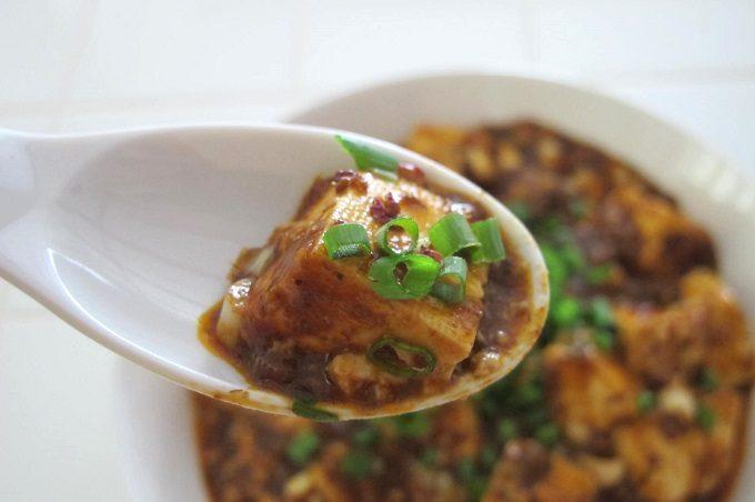 麻婆豆腐とレンゲ