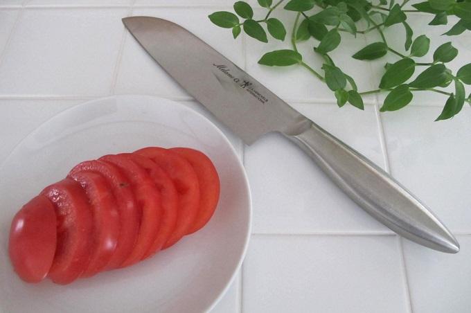 ヘンケルス 三徳包丁 トマト