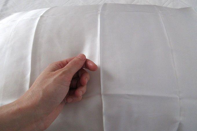 シルク枕カバー 肌ざわり